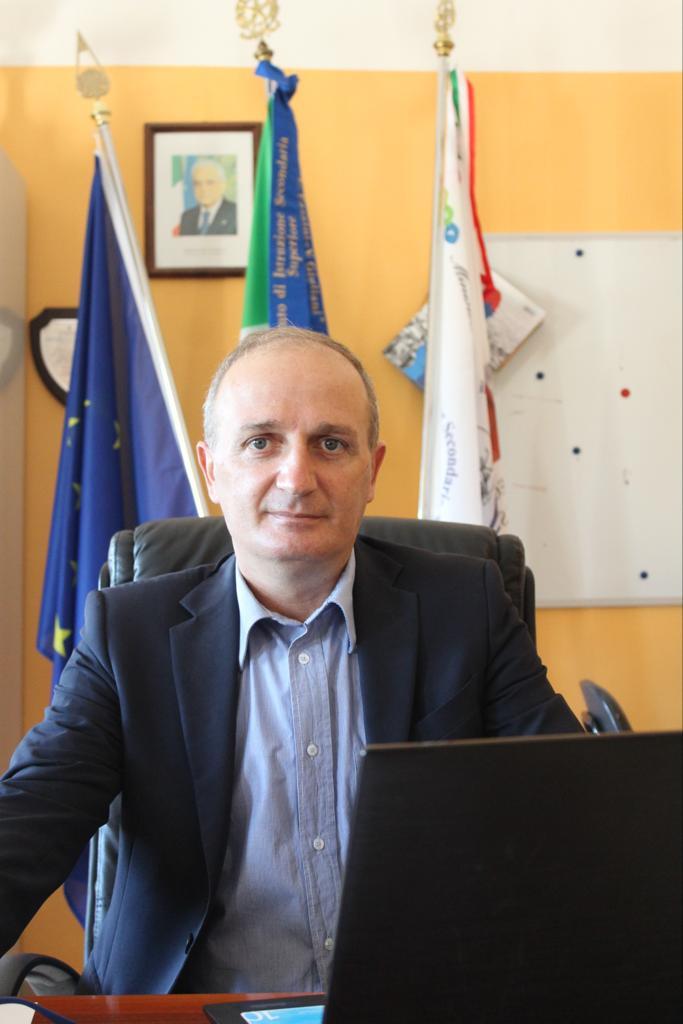 Pasquale Marco Romano - Dirigente Scolastico IISS Fazzini Giuliani VIeste